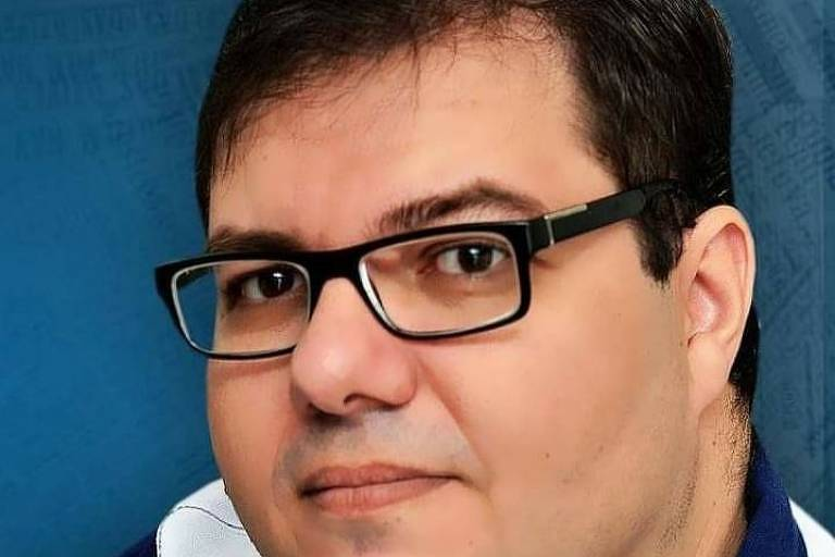 Foto do rosto do jornalista Sergio Guzzi