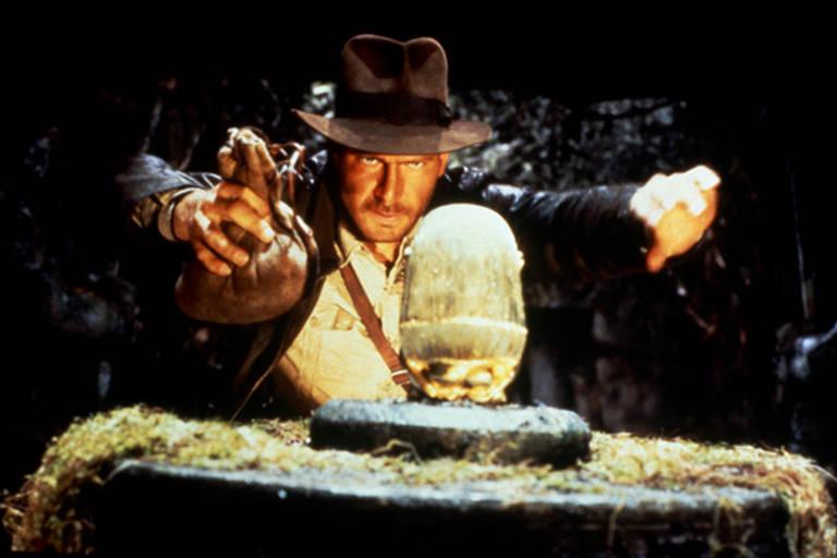 Cena do filme Os Caçadores da Arca Perdida com Harrison Ford