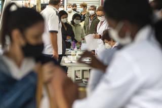 Retomada da vacinação contra a Covid-19 em São Paulo