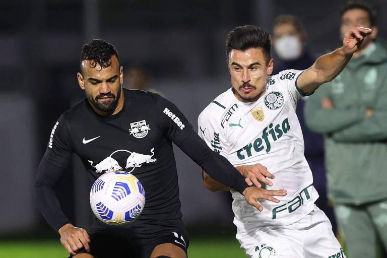 Bragantino derruba Palmeiras, mostra força e assume liderança provisória