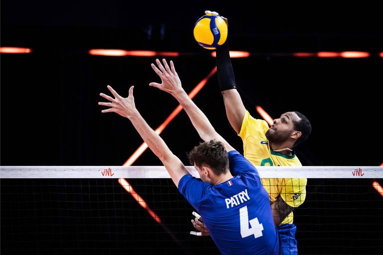Brasil mede forças com a França neste sábado por uma vaga na decisão do título da Liga das Nações. Na primeira fase, os brasileiros foram superados pelos franceses
