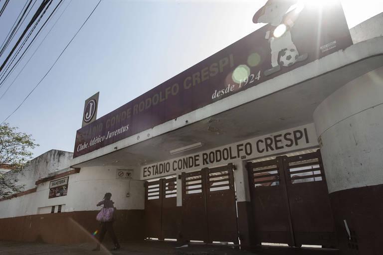 Fachada do estádio Conde Rodolfo Crespi, do Clube Atlético Juventus, localizado na rua Javari, na Mooca