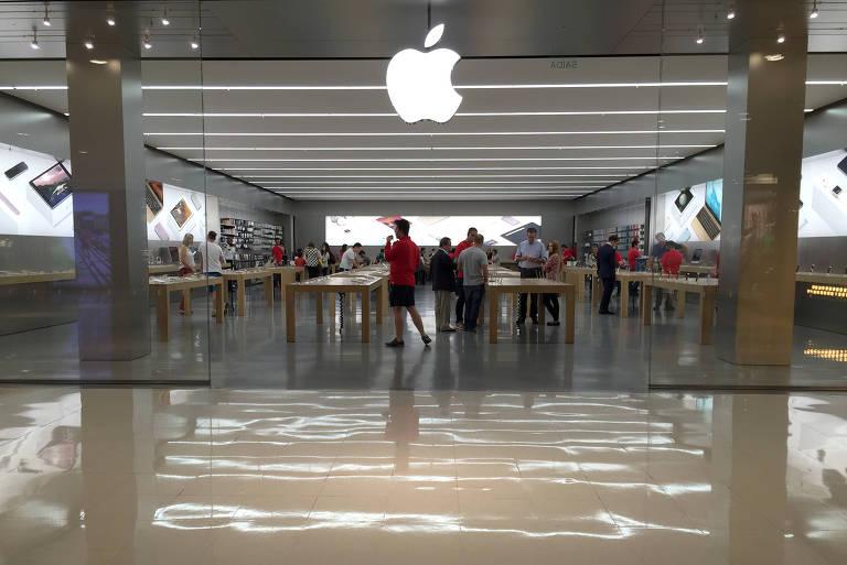 Apple aposta em lojas físicas em reabertura de economias, diz executivo