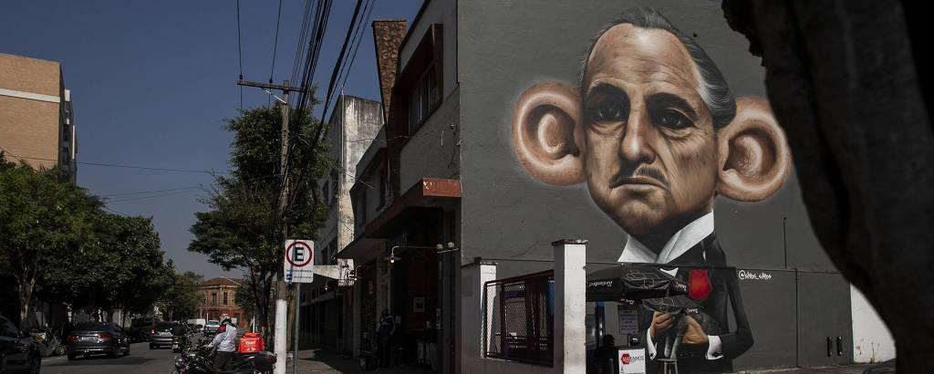 Grafite na rua Borges de Figueiredo, na Mooca