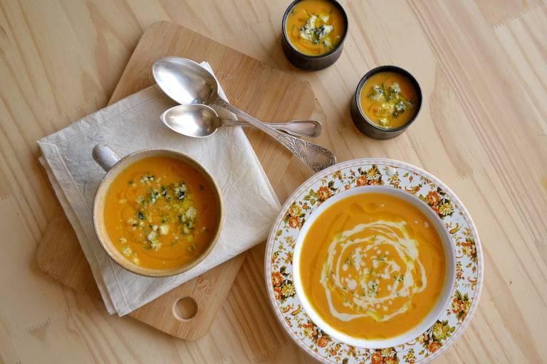 Aqueça-se com sopa de cenoura com gorgonzola