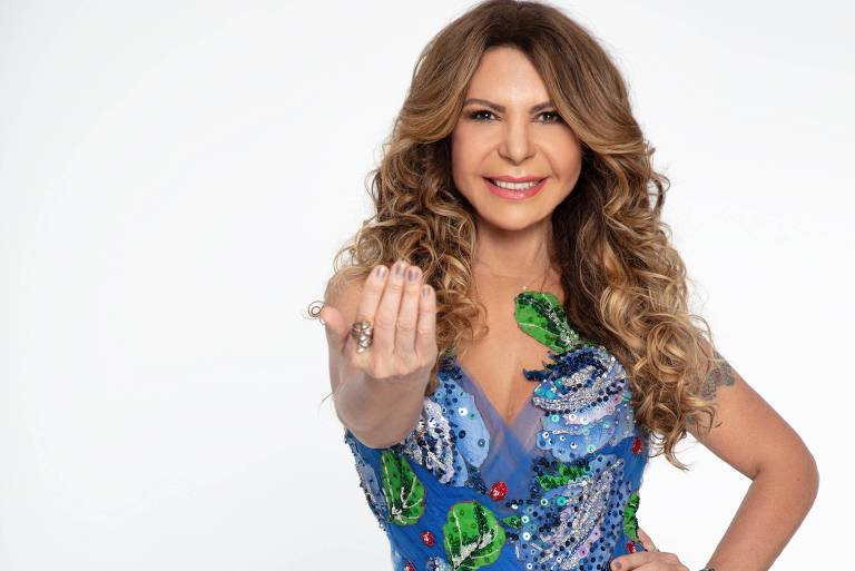 Elba Ramalho vai receber R$ 25 mil da Azul por atraso em voo