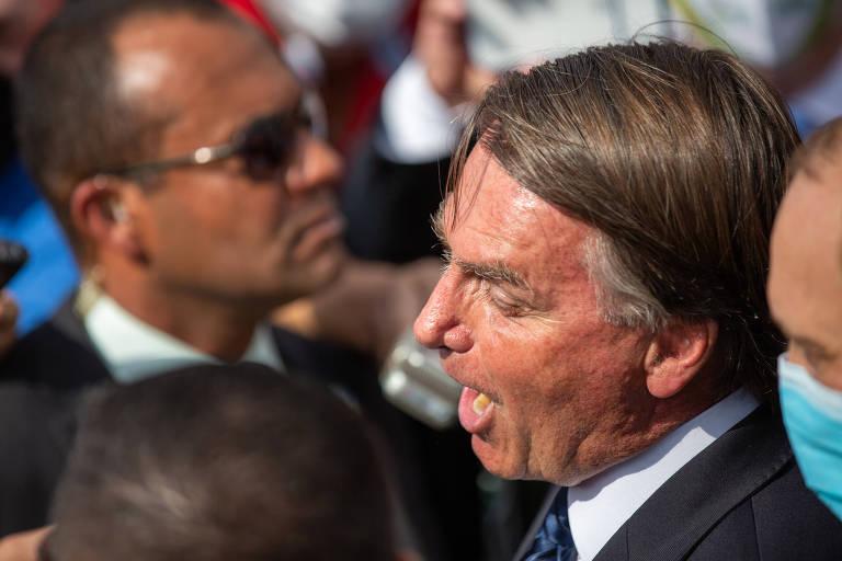 Bolsonaro se irrita com perguntas sobre Covaxin e insulta jornalistas no  interior de SP; veja vídeo - 25/06/2021 - Poder - Folha