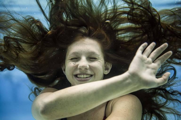 Stephanie Balduccini, 16, durante treino no Paineiras do Morumby, em São Paulo
