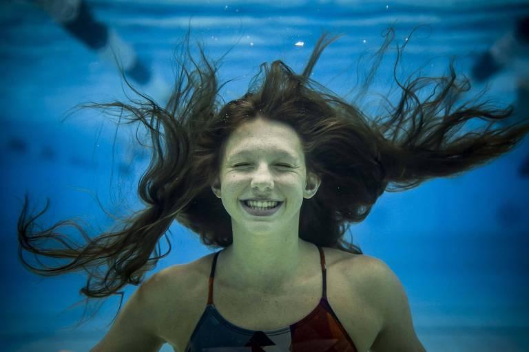 Nadadora mais jovem do Brasil na Olimpíada converteu ansiedade em vaga