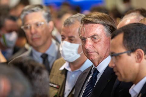 Bolsonaro diz buscar partido para 'chamar de meu' e cogita filiação ao PP, símbolo do centrão