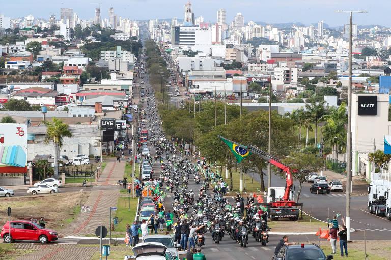 (Chapecó - SC, 26/06/2021) Motociata com apoiadores do presidente Jair Bolsonaro em Chapecó na manhã deste sábado.Foto: Isac Nóbrega/Divulgação Presidência