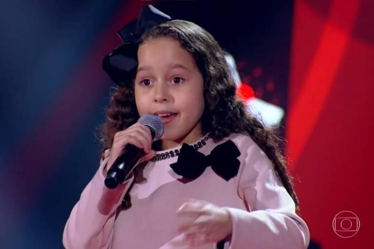 Lorena França foi a última a se apresentar neste domingo (27) no The Voice Kids