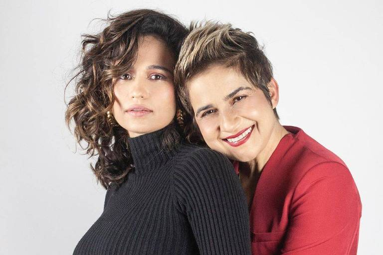 Nanda Costa e Lan Lan anunciam gravidez de gêmeas