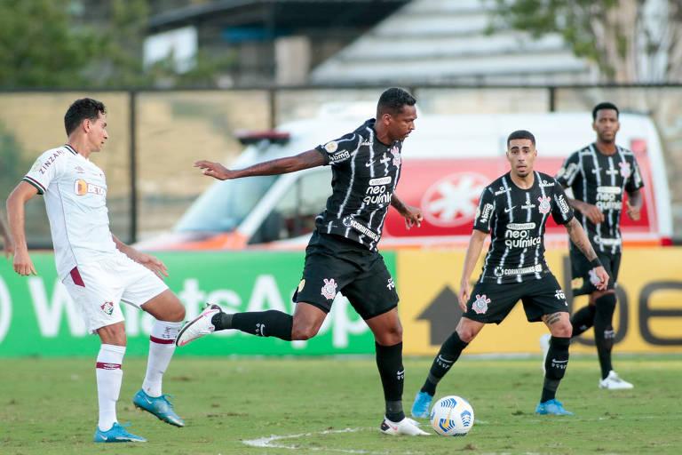 Caneladas do Vitão: Empate não foi ruim nem bom para Corinthians e Fluminense