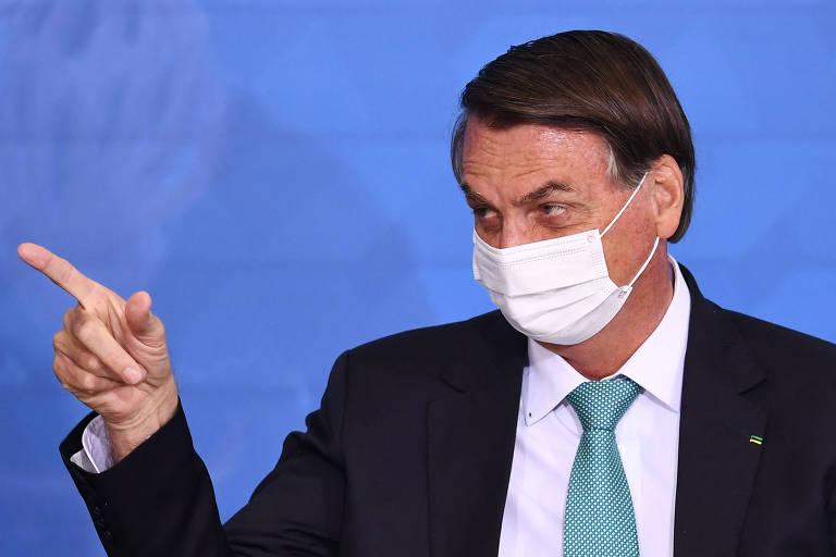 Bolsonaro e militares querem que país se acostume à ideia de golpe