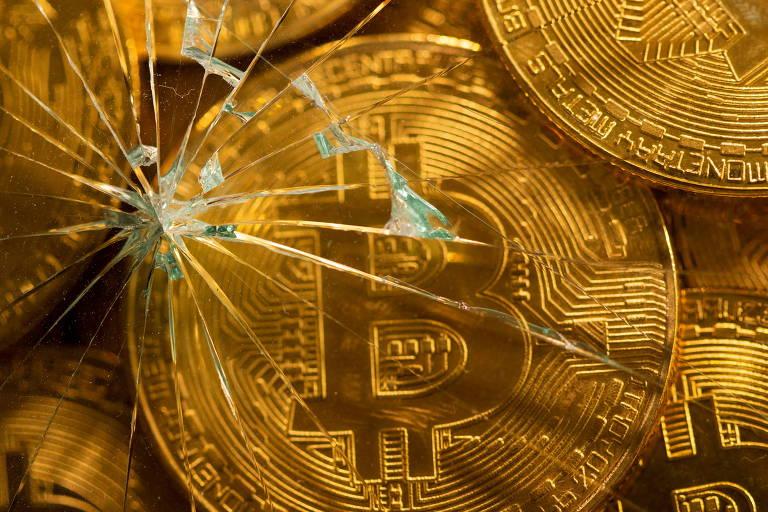 Bitcoins: o que é a 'cruz da morte' que assusta investidores da criptomoeda