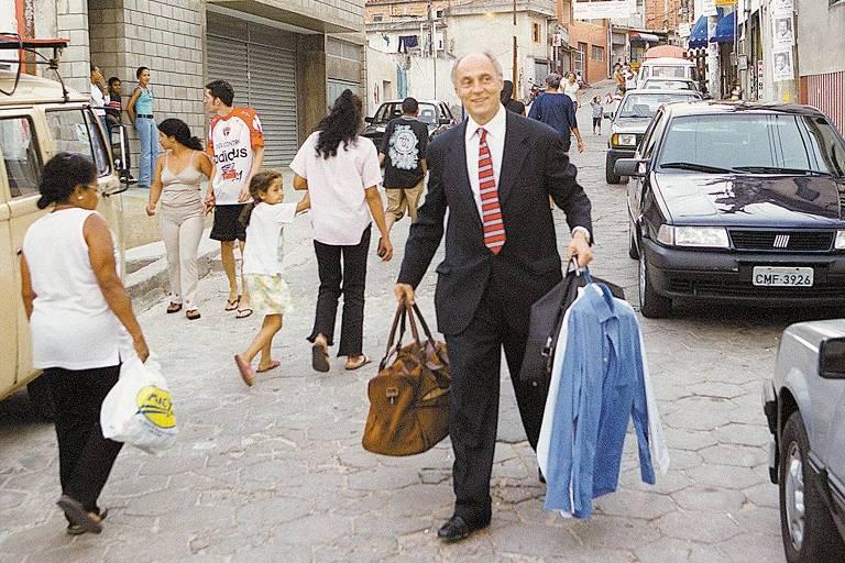 Aos 80, Eduardo Suplicy é um tipo de político raro, com vocação para o serviço público