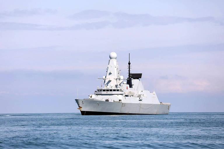 Megaexercício naval opõe EUA e Ucrânia à Rússia no mar Negro