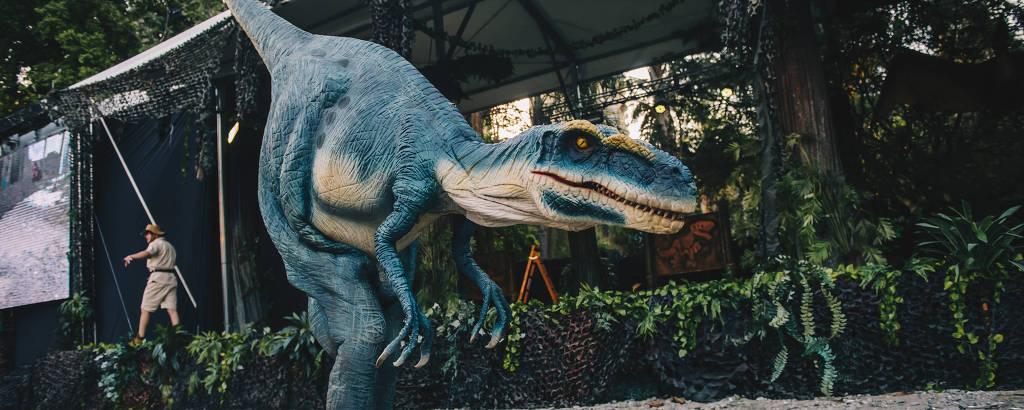 Drive-in 'Jurassic Safari Experience' ganha edição no Mooca Plaza Shopping após passar pelo parque Burle Marx