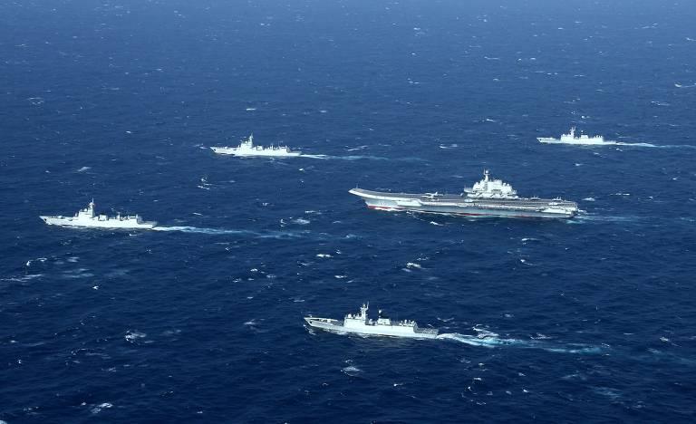 Exercícios militares no mar do Sul da China