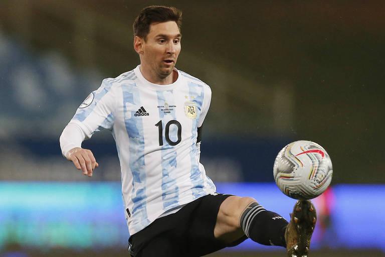 Argentina fecha primeira fase com jornada inspirada de Messi e goleada sobre a Bolívia