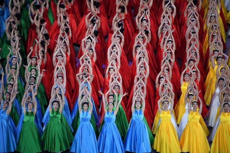 Celebração dos 100 anos do Partido Comunista Chinês; veja imagens