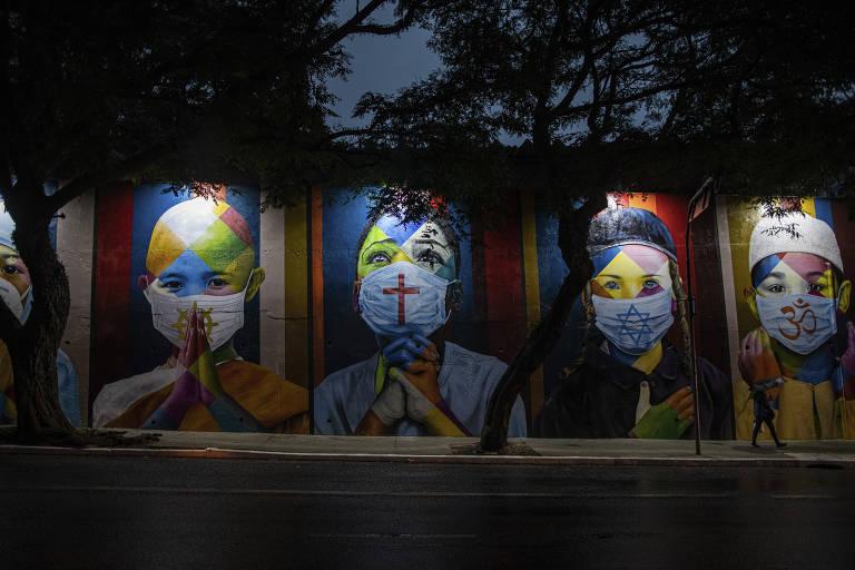 Veja imagens de grafites feitos em SP; obras trazem brilho e críticas sociais