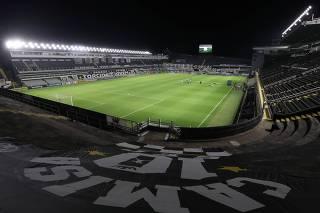 Brasileiro Championship - Santos v Ceara