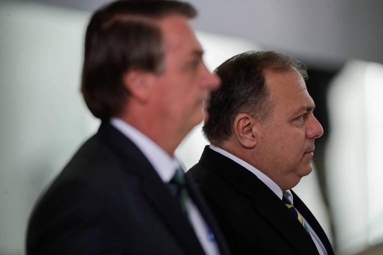 General sem alma, Pazuello gerou crise que poderia ter dado a Bolsonaro 'seu Exército'