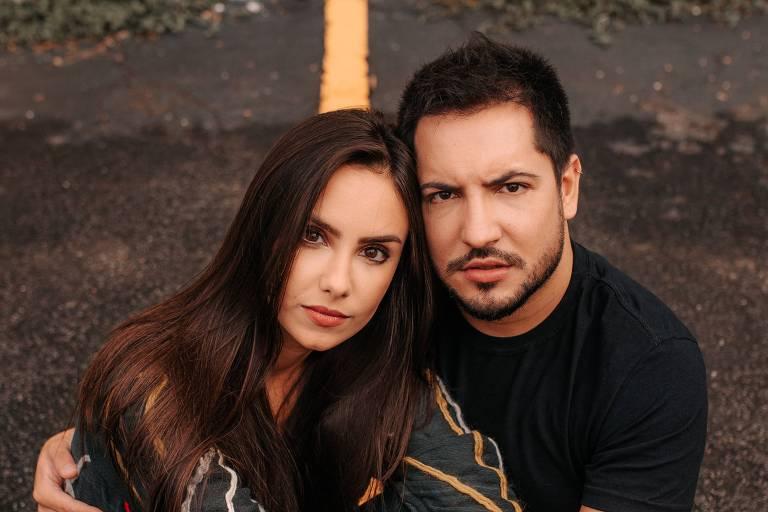 Thiago Bertoldo (dupla com Thaeme)  e a esposa Geórgia Fröhlich