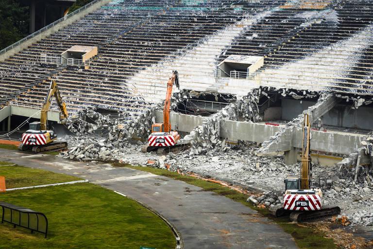 Caneladas do Vitão: Lucros sobre os escombros da memória e história do Tobogã