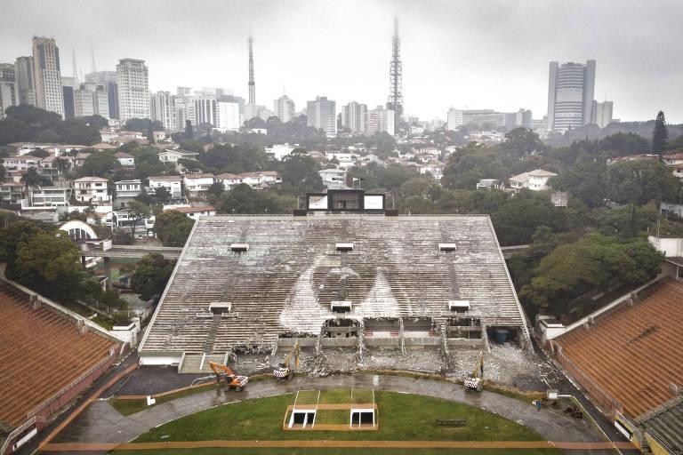 Tobogã do estádio do Pacaembu começou a ser demolido pela Concessionária Allegra