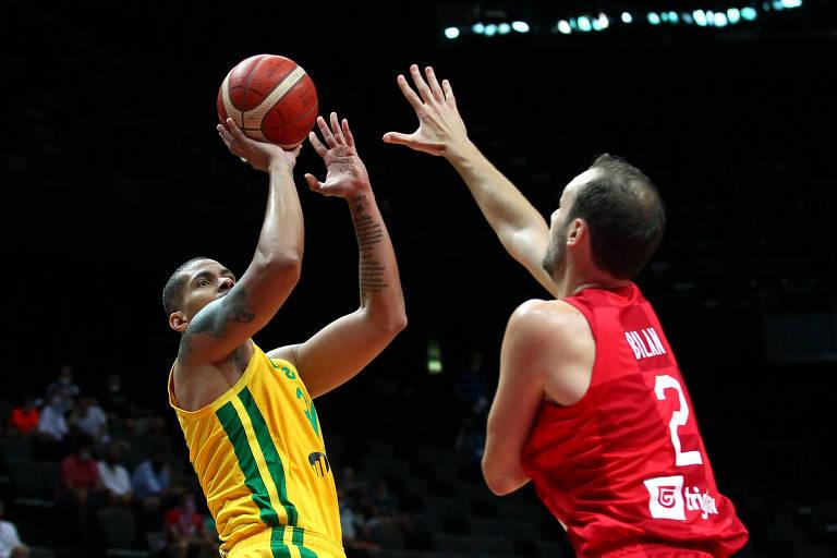 Brasil vence Croácia e vai à semifinal do Pré-Olímpico de basquete