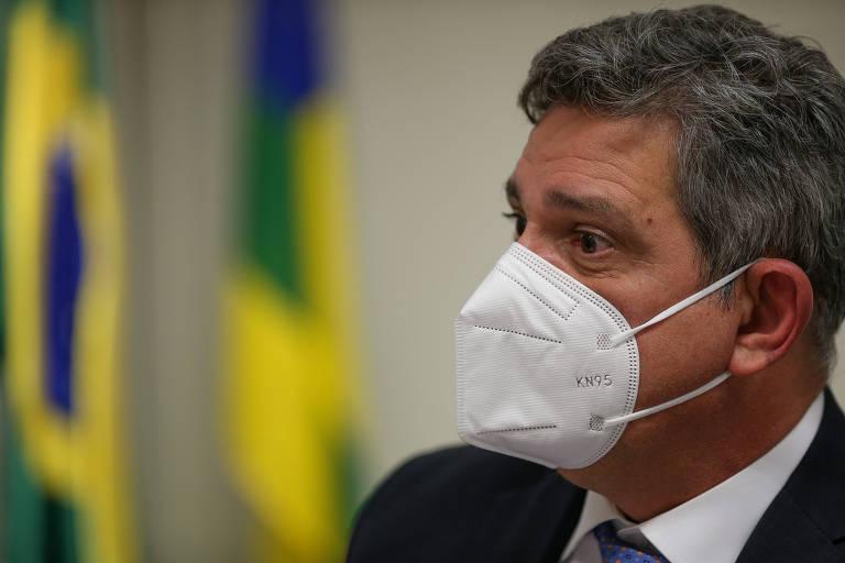 Senado vota projeto que revoga Lei de Segurança Nacional, e relator antevê vetos de Bolsonaro