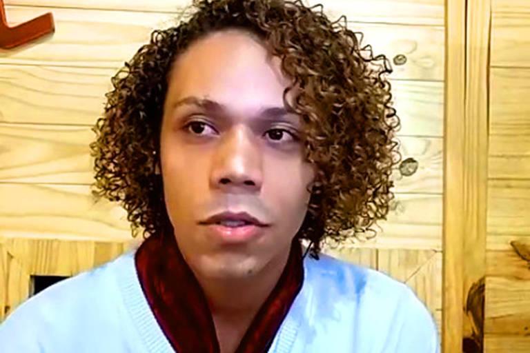 Bruno Soares, 26, de Mogi Guaçu, participa de conversa com a Folha