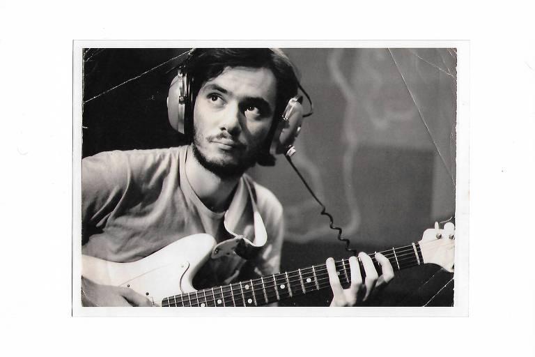 Quem é Lanny Gordin, mítico guitarrista da tropicália que tocou com Gal, Gil e Caetano