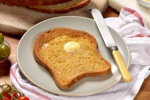 Pão com manteiga, capa web stories lei de murphy