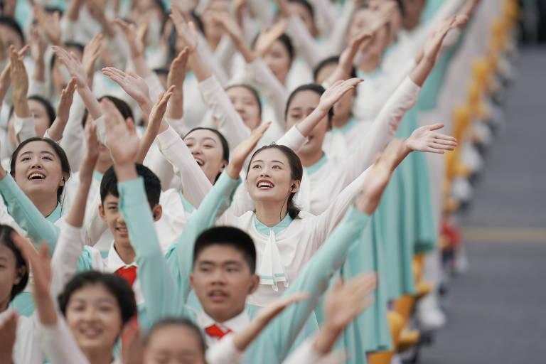 Ser aceito no Partido Comunista representa uma estrela no currículo