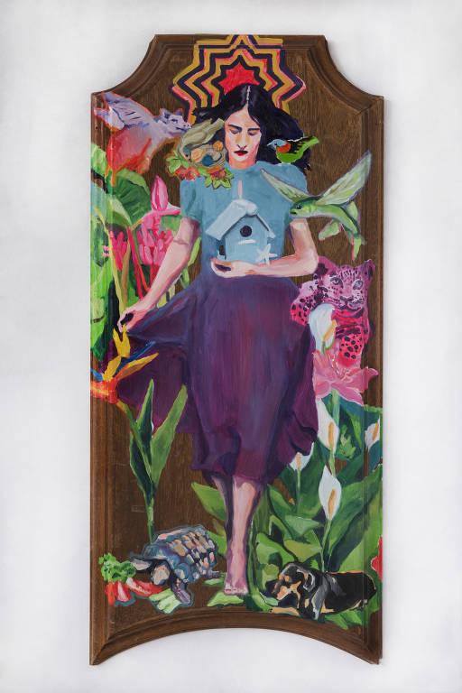 pintura de mulher em porta