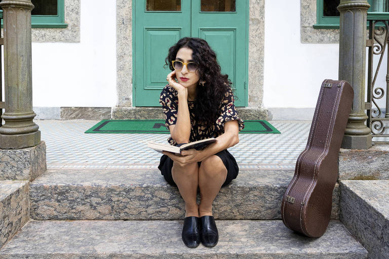 'Portas', novo álbum de Marisa Monte, propõe cura em tempos turvos