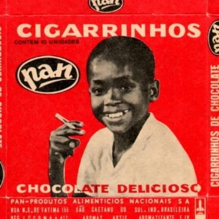 Paulo Pompeia quando fez a campanha dos cigarrinhos de chocolate Pan