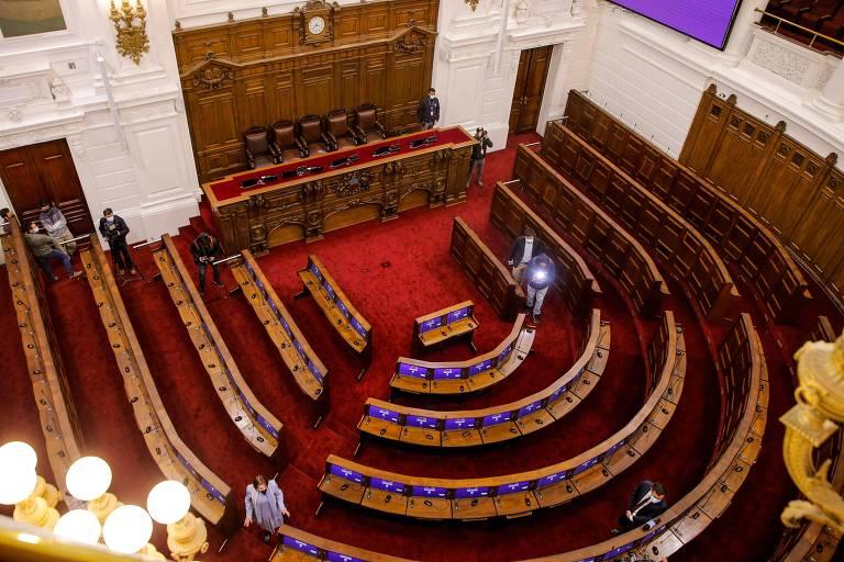 Chile inicia reformulação da Constituição em meio a turbulento ano eleitoral
