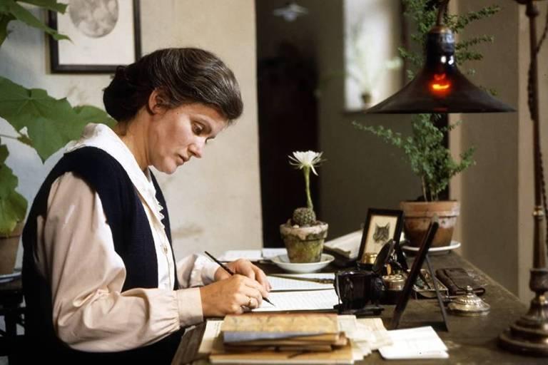 "Cena do filme ""Rosa Luxemburgo"""