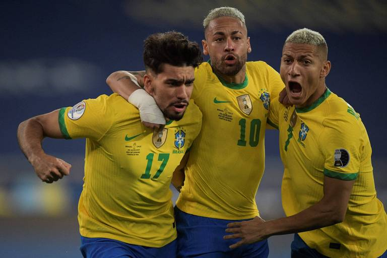 Seleção fez mau primeiro tempo e se superou no segundo para vencer o Chile