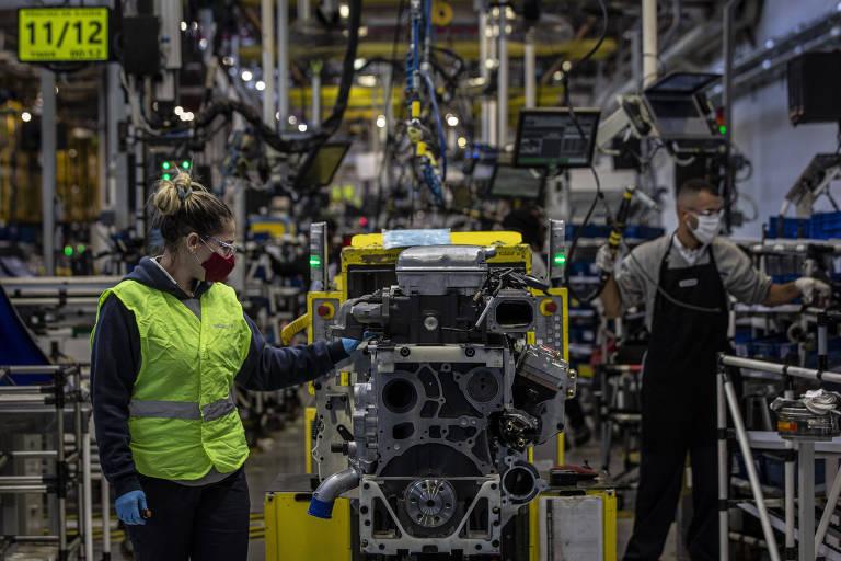 Inflação, gargalos e variante delta derrubam confiança da indústria em agosto, diz FGV