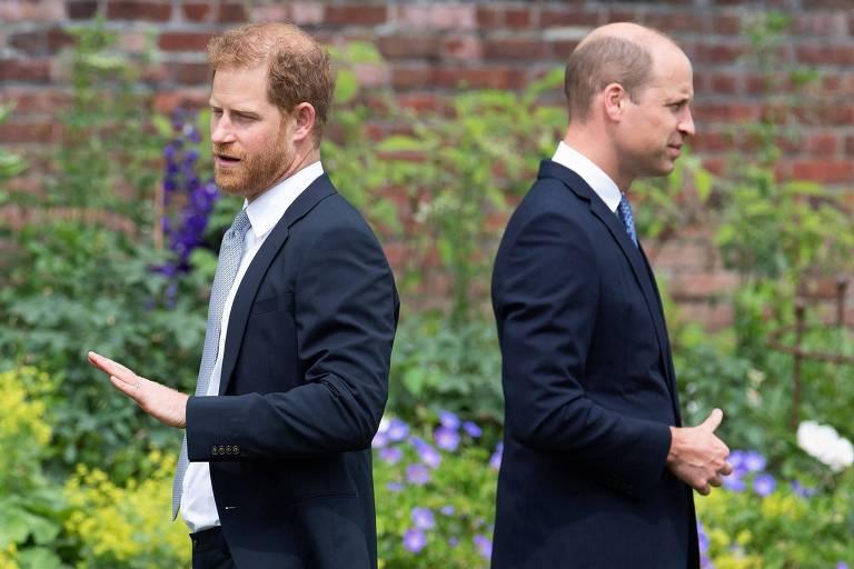 Príncipe William diz que 'é quase impossível' confiar em Harry novamente