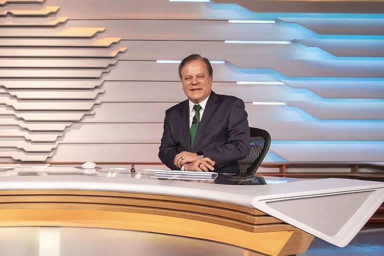 Chico Pinheiro comemora volta ao Bom Dia Brasil: 'Tá passando'