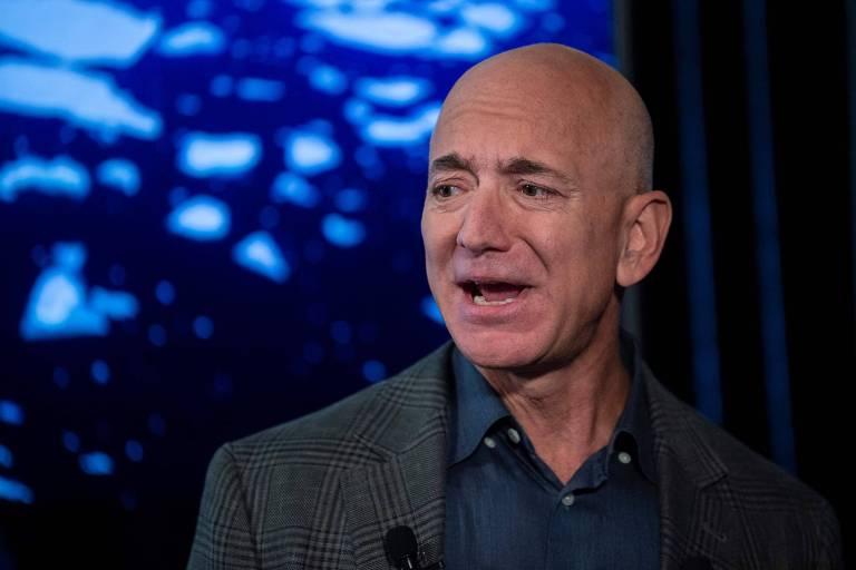 Com saída de Bezos do comando, Amazon espera melhorar imagem