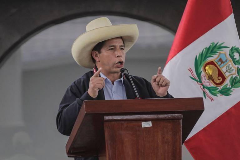 O candidato à Presidência do Peru Pedro Castillo durante cerimônia em Cusco