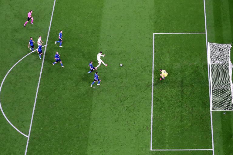 Morata empatou o jogo para a Espanha aos 34 minutos do segundo tempo